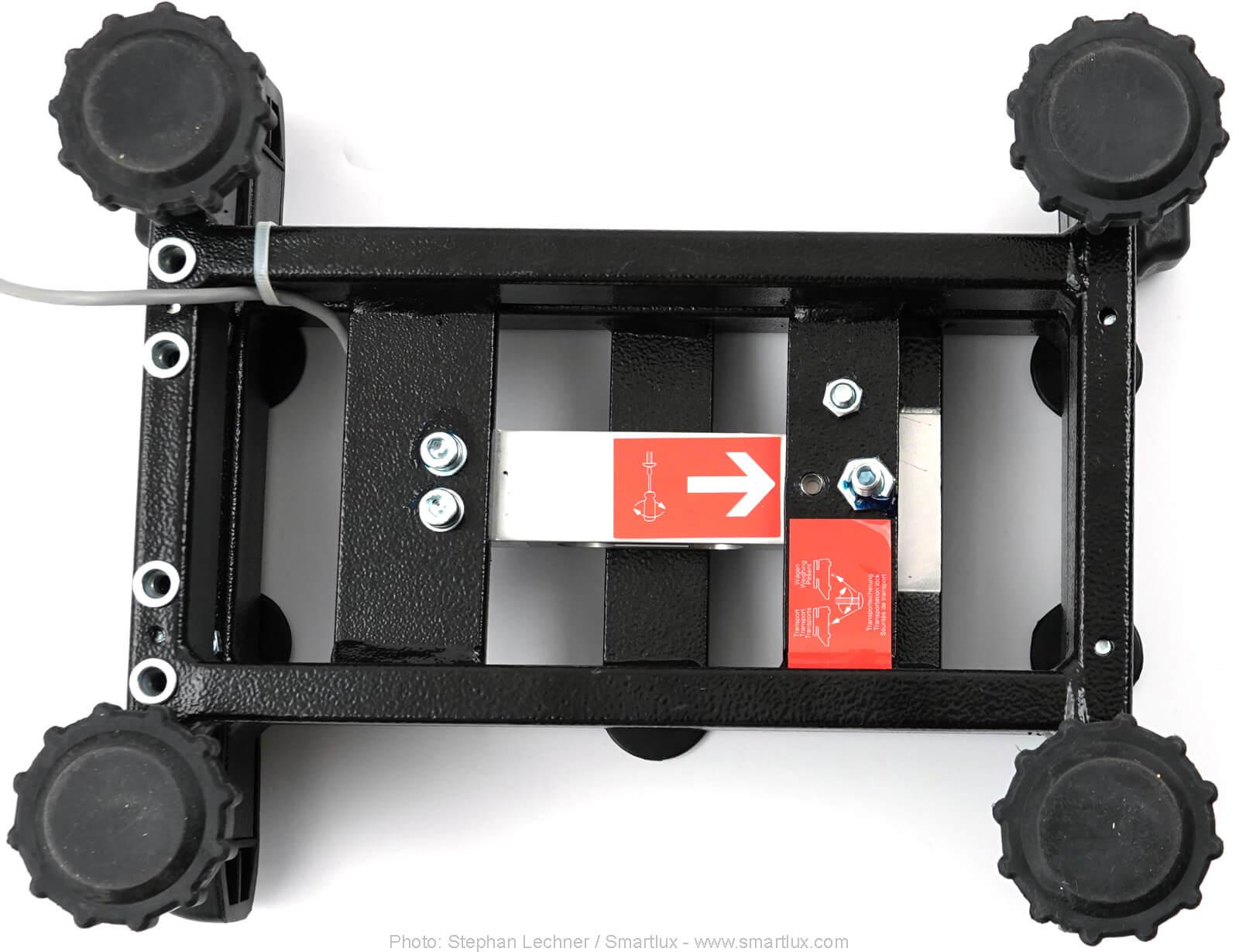 Waage Kern IFB Transportsicherung variante 1 Schraube entfernt